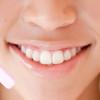 ホワイトニングしている前歯が折れて差し歯になること決定!泣いていいですか?(笑)