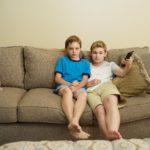 新しいテレビがやってきました。子どものテレビの視聴の仕方を考えようと思います。